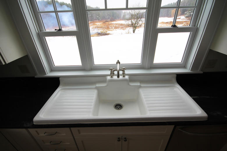 Smith & McClain, New kitchen sink, VT